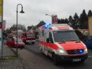 2015 12 05 - EINSATZ - Verkehrsunfall mit eingeklemmter Person - Salmuenster